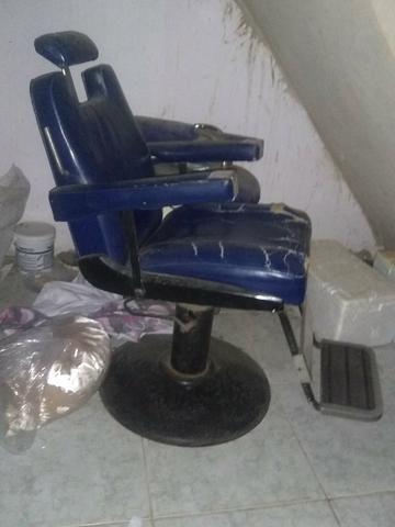 Urgente :vendo essa Cadeira de barbeiro