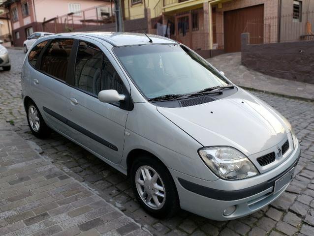 Renault Scénic Privilége 2.0 16V 2004 - Prata