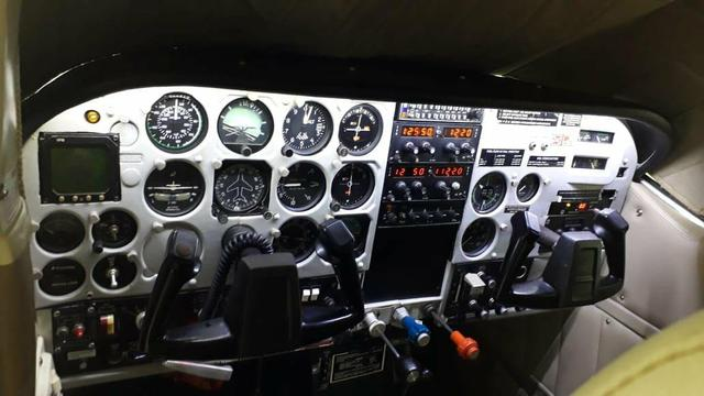 Cessna C-210M - Foto 5