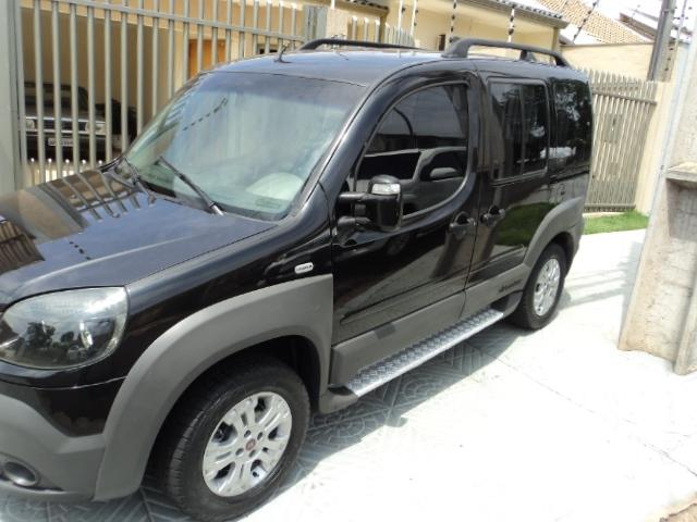 Doblo Adventure 1.8 8V (flex) 2010 - Foto 3