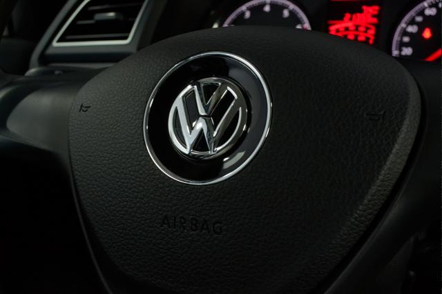 VolksWagen VOYAGE Trendline 1.6 T.Flex 8V 4p - Branco - 2018 - Foto 18