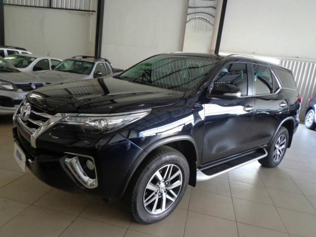 Toyota Hilux SW4 SW4 2.8 SRX AUT. 4X4 7 LUGARES - Foto 3