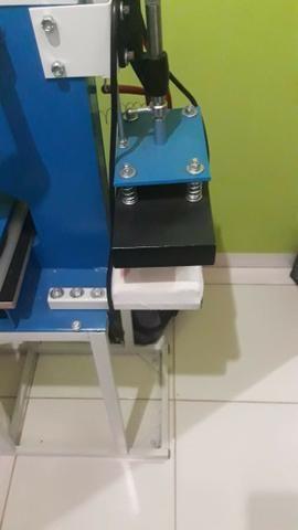 Máquina de fabricar e estampar chinelos - Foto 4