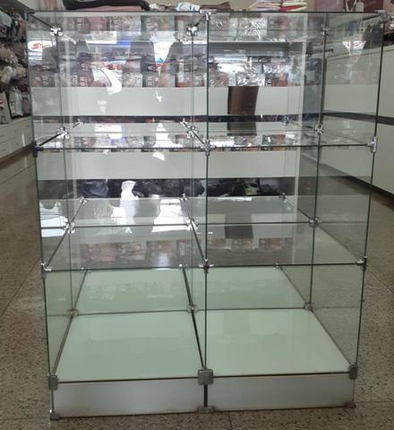 Gôndula de vidro temperado