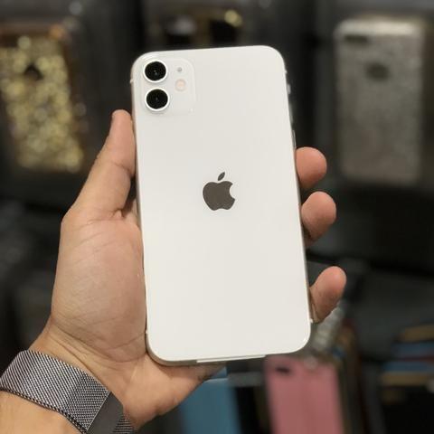 IPhone 11 64gb (12x no cartão; aceitamos seu aparelho como entrada) - Foto 4