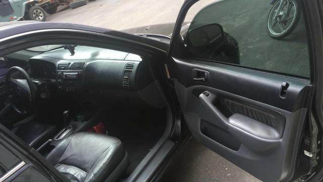 Honda Civic EX o top da categoria vendo ou troco por carro mais alto - Foto 6