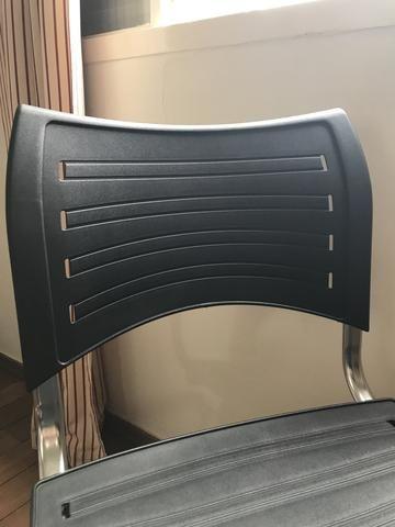Cadeira giratória com altura regulável - Foto 3
