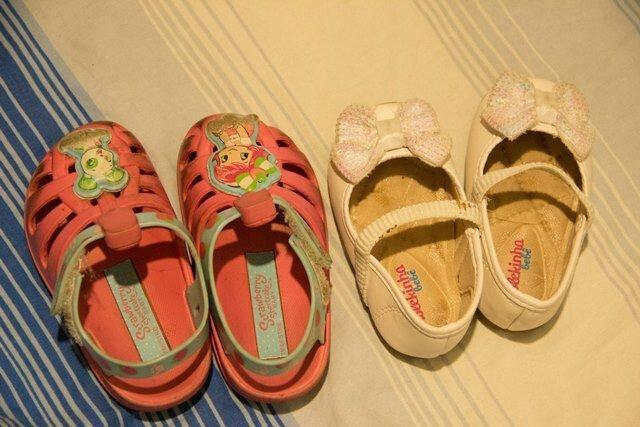 Sapatilha e sandália menina