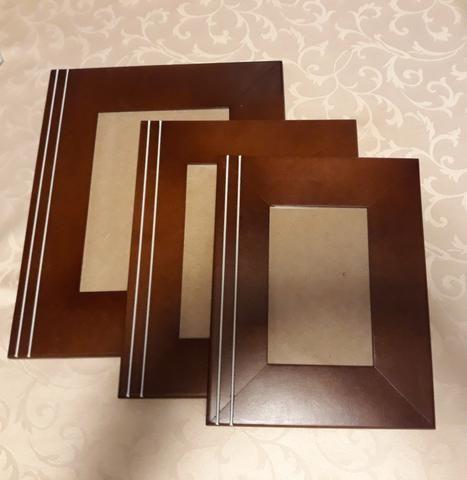 Trio de porta retratos em madeira NOVO!!!