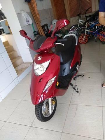 Vendo Bugman R$ 6.500 vendo ou troco por moto de menor valor