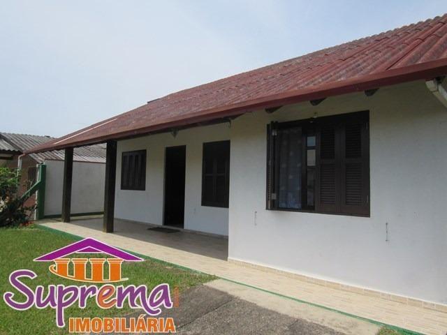 51-981297929 / C465 Casa de esquina em Mariluz, apenas 150m do mar!
