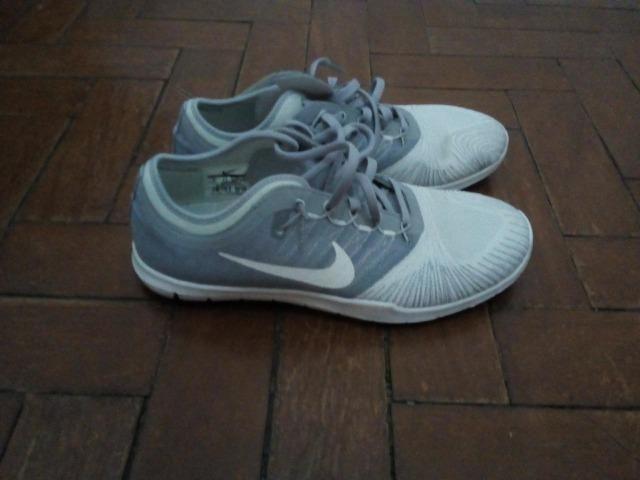 d880cd81f0 Tênis Nike de passeio, semi-novo, - feminino - Roupas e calçados ...