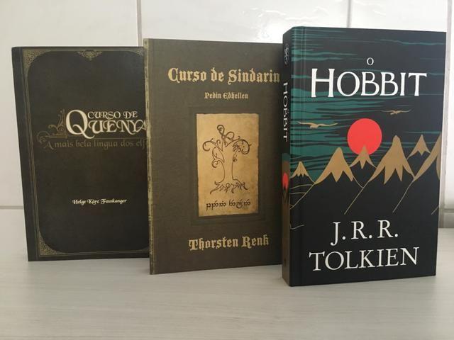 a47c2be74 Três livros da coleção de JRR Tolkien O Hobbit + dois livros da Língua dos  Elfos