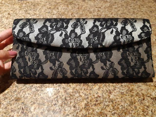37a19ce8f859 Bolsa em renda preta e prata super nova!! - Bolsas, malas e mochilas ...