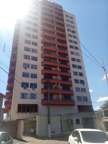 Oportunidade de Apartamento para Venda no Edifício Solar da Serra, Centro!