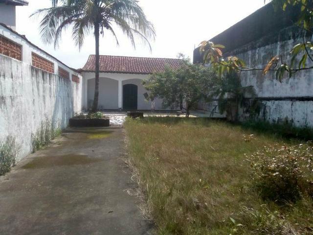 Loucura casa com terreno inteiro
