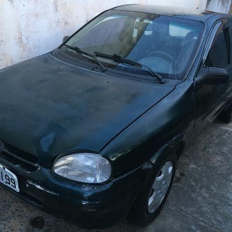 Vendo Corsa 1997 (2 portas) - Foto 6