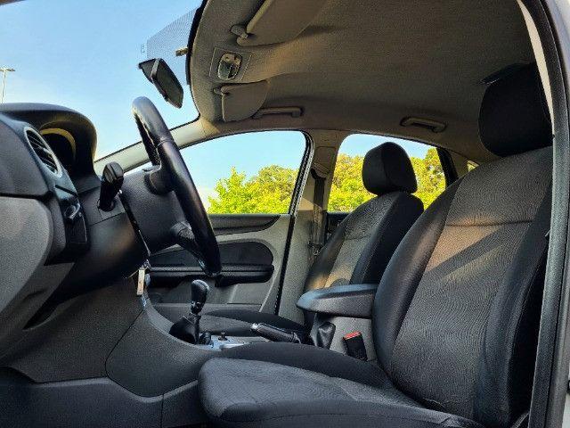 Ford Focus 1.6 - Foto 9