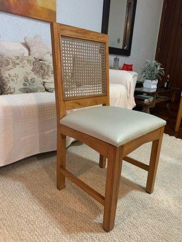 Cadeiras de madeira maciça - Foto 3