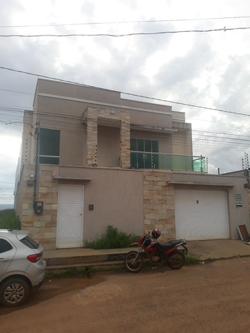Vende-se Casa na Cidade Jardim
