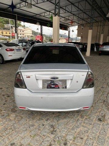 Ford- Fiesta Sedan 1.6 2013 + IPVA 2021 pago. - Foto 6