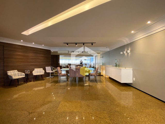 Apartamento para venda possui 211 metros quadrados com 3 quartos em Meireles - Foto 17