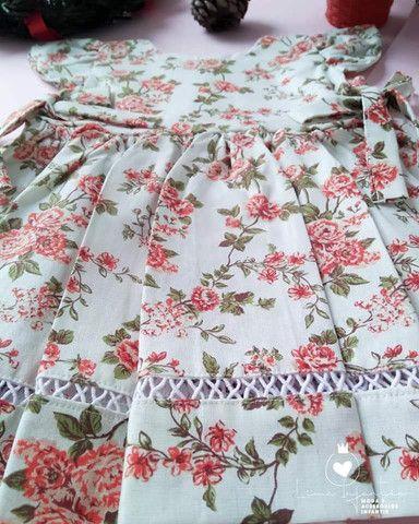Vestido Floral - M (3 a 6 meses) - Foto 2
