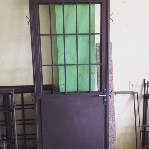 Porta de sala trabalhada