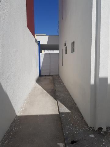 Casa duplexcom armários projetados, condomínio com apenas 8 casas - Foto 3