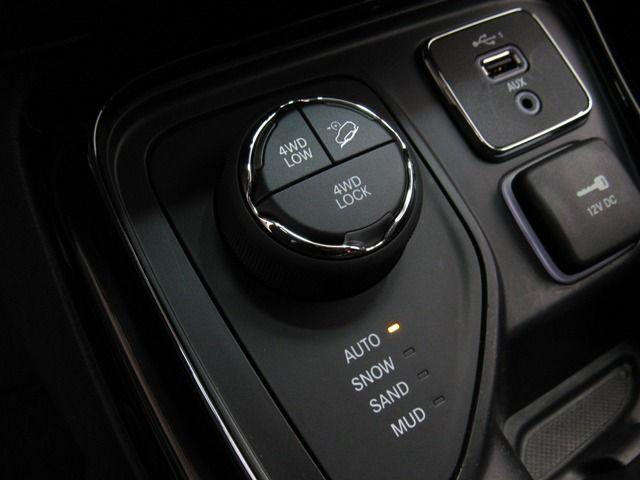 JEEP COMPASS LIMITED AT9 4X4 2.0 16V - Foto 14