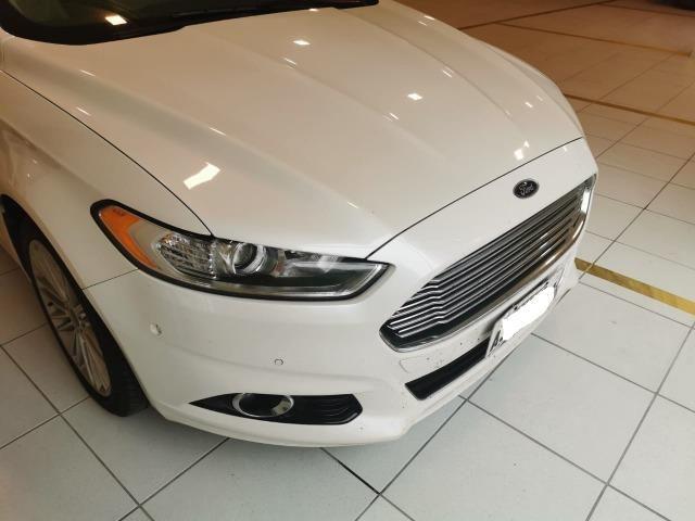 Ford/ Fusion Top de LInha - Ano 2015/2015 - Unico dono - Branco com interior caramelo - Foto 2