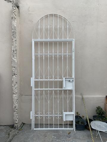 Grade e portão de ferro - Foto 2