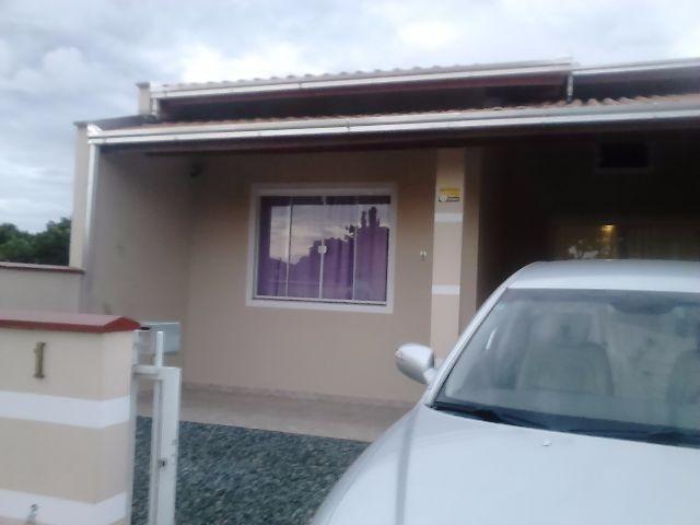 Casa Temporada Praia Itajuba - Barra Velha / SC, 2 quartos sala cozinha banheiro garagem