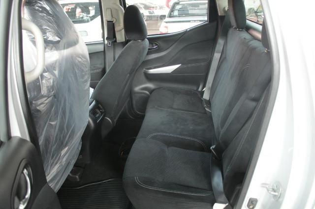 Nissan Frontier Se 2.3 4x4 A/t IPVA 2020 Gratis - Foto 9