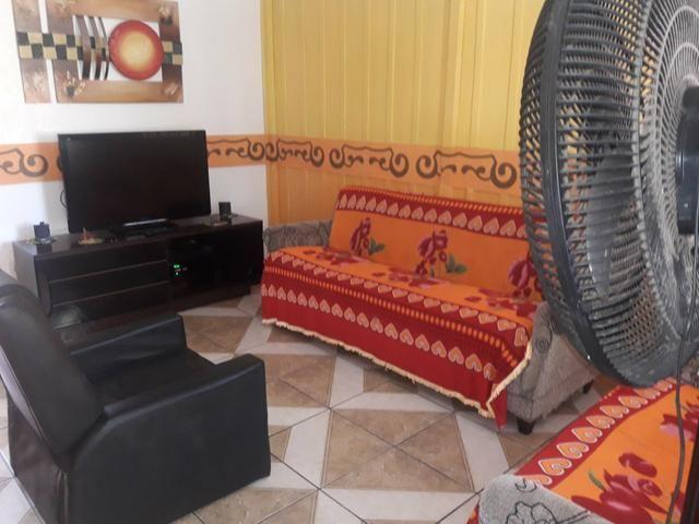 Casa com Piscina Confortável em Ótima Localização - Foto 5