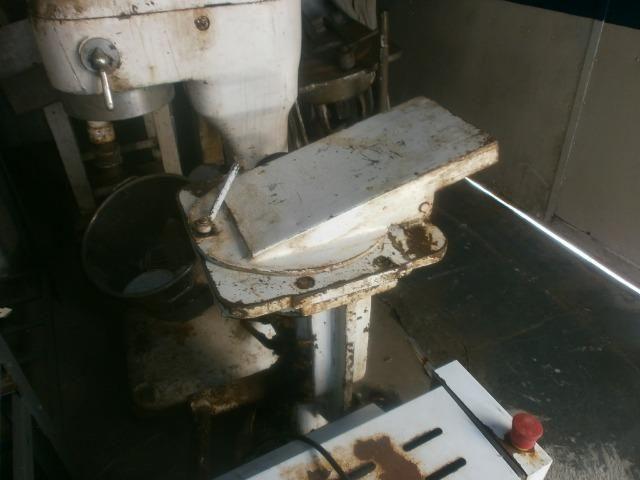 Divisora de pães - industrial - precisando de limpeza e ajustes - Foto 3
