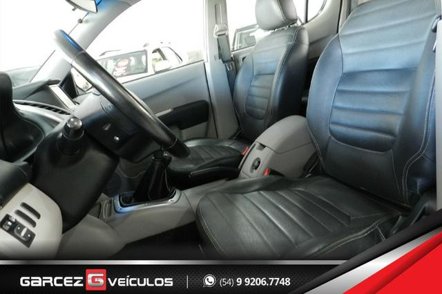 Mitsubishi L200 Triton HPE 3.2 Turbo Diesel 4X4 Manual Lacrada Revisada Procedência - Foto 15