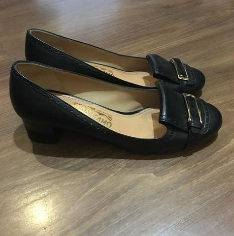 Sapato Salvatore Ferragamo Preto 36