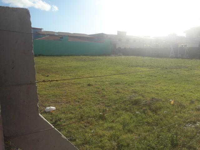 Terreno de esquina Comercial/Residencial med. 1420 m2 na Coroa do Meio - Foto 2