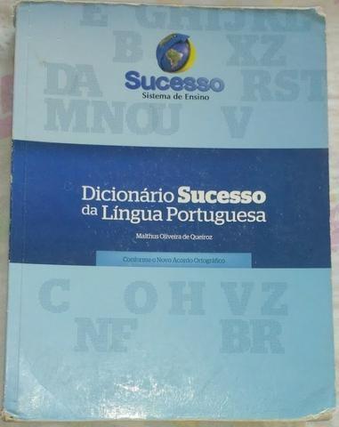 Dicionário sucesso da língua portuguesa.Conforme novo acordo ortográfico