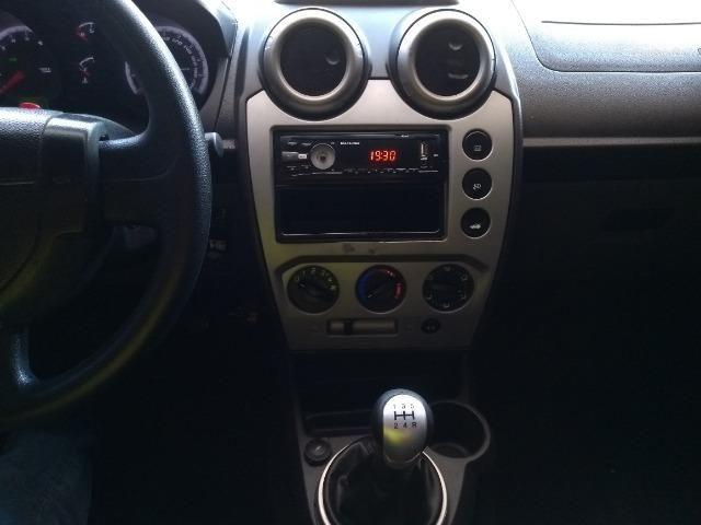 Ford Fiesta Hatch 1.6 c/GNV 2014 - Foto 12