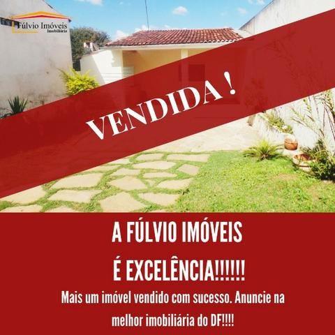 Linda casa térrea Vicente Pires, fácil acesso EPTG e estrutural
