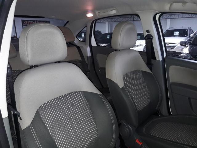 Grand siena essence 1.6 ano 2015 placa i completo roda de liga som usb air bag abs - Foto 17