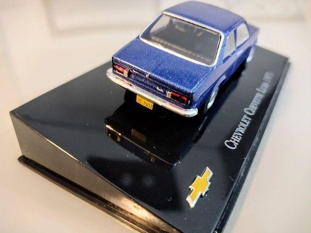 Miniatura Chevrolet Chevette Luxo 1973 1:43 - Foto 3