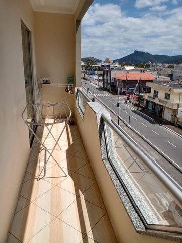 Apartamento mobiliado em ótima localização - Foto 11