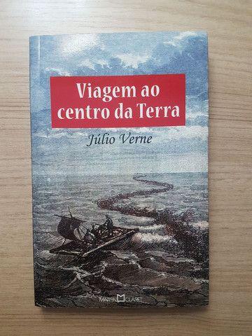 Livro Viagem ao centro da Terra - Júlio Verne
