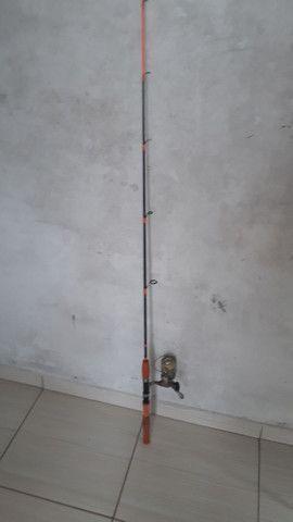 Vara de pesca mais molinete - Foto 2