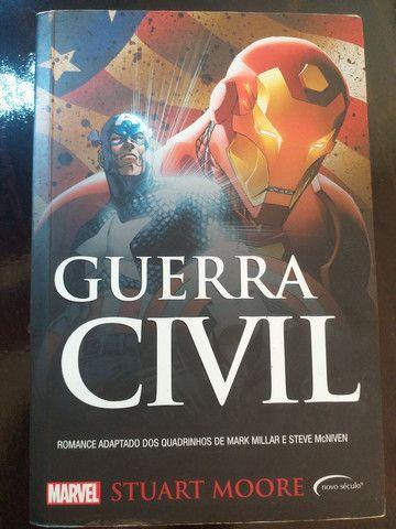 livros Marvel  - Foto 2