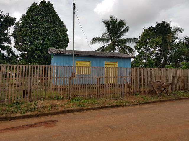 Vende se ou troca uma casa no Belo Jardim II