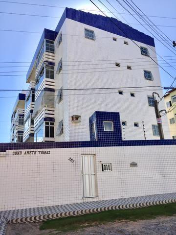 Alugo Apartamento na Praia de Icaraí-CE - 3 suítes e 90m2